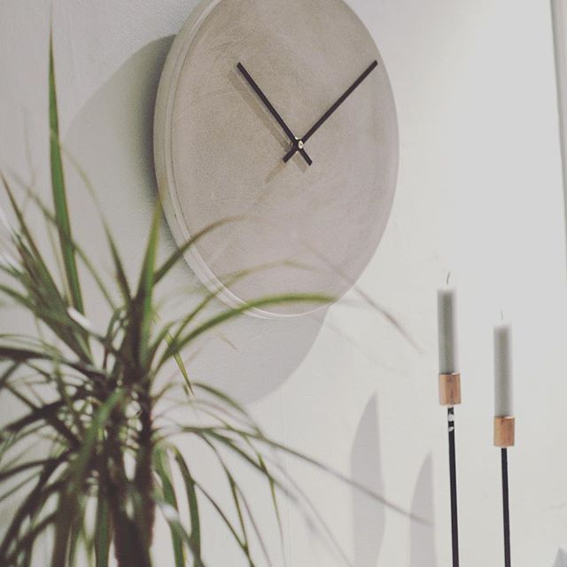 Take your time  #clock #wallclock #concrete #concretedesign #watches #watch #handcrafted #handmade #interior #interiordesign #modern #norwegiandesign #oslo #innovation #localbrand #local #home #homesweethome #candles #style #fashion #homestyle #modernhome #interiorforyou #nordicdesign #inspiration #simplicity #art