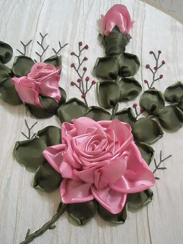 ribbon rose | Learning advance ribbon work technique from Pu… | Flickr