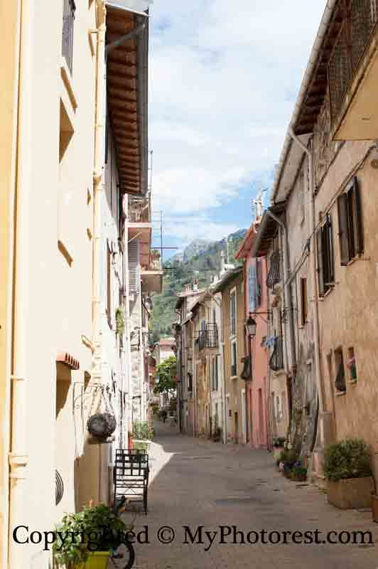 Photo #2: Before retouch. Castellar, France.