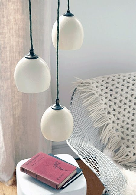 Ostrich Egg Hanging Lamp