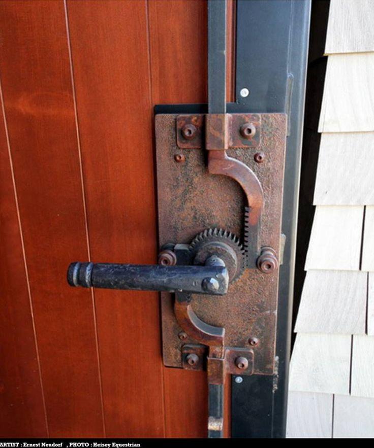 Vertical Doorlatch Artist: Ernest Neudorf Photo: Heisey Equestrian