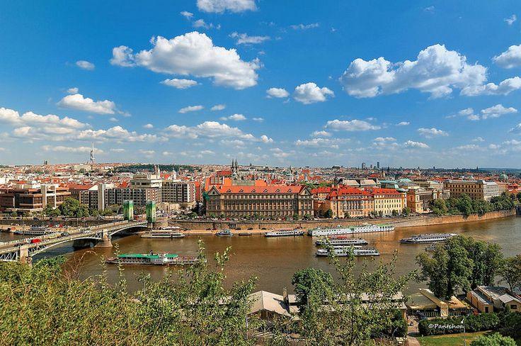 Prague : View from Letná Park ( Letenské sady )  1/2