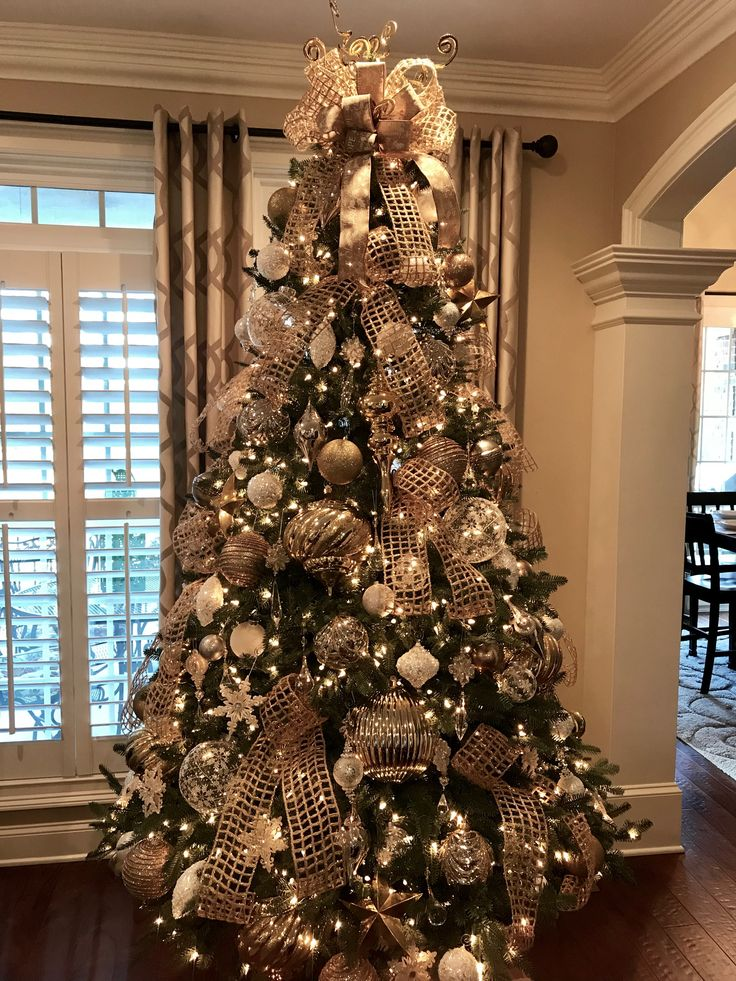 Tucker Christmas 2017 Elegant Christmas Trees Christmas