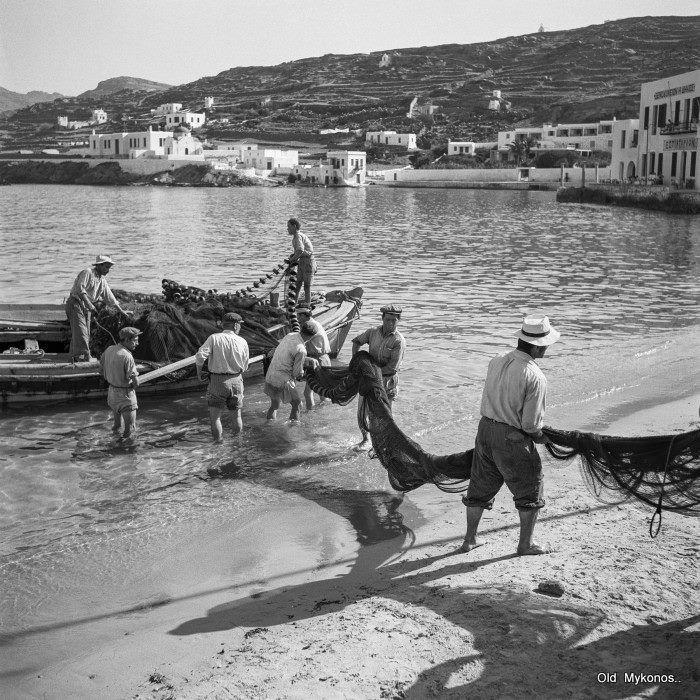 #Mykonos,1955...#fishermen Photo album:D.Koutsoukos