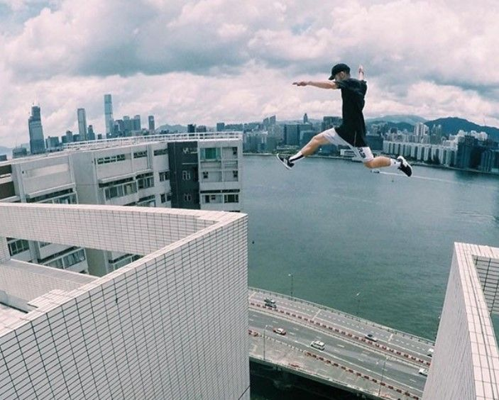 3 Guys Quickly Run On The The Rooftops And Jump Over Dangerous Buildings Which Makes The Viewers Have A Heart Attack Rooftop Parkour Adventure Sports