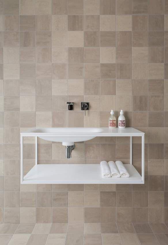 Meer dan 1000 idee n over blauwgroene badkamers op pinterest groene badkamer inrichting - Badkamer beige en bruin ...