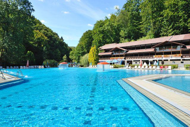 Šmarješke Toplice - U Termama i njihovoj okolini je obilje mogućnosti za sportske i rekreativne delatnosti. Više informacija na: http://travelboutique.rs/terme/slovenija/%C5%A1marje%C5%A1ke-toplice #terme #banje #slovenija #odmor #wellness #spa
