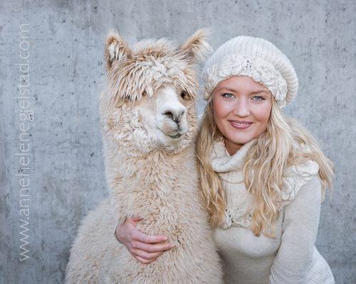 """""""Åke"""" and Victoria. Åke is now a tv-celebrity in two shows """"Raske Menn"""" and """"I kveld med Ylvis"""".  Knitted and crocheted models from the book """"Strikk ...og litt hekling"""" from Aller Forlag AS, www.allerbok.no  Editor: Sidsel J. Høivik  Model: Victoria Ihle Gjelstad  Photo: Anne Helene Gjelstad  Design: Sidsel J. Høivik  Alpakkayarn from Norsk Alpakka"""