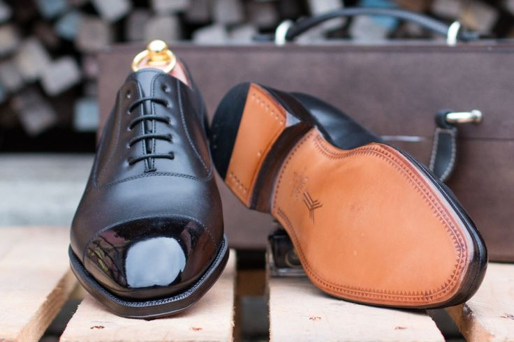 Oxford Shoes & Mirror Gloss SAPHIR Shoe Care http://patine.shoes