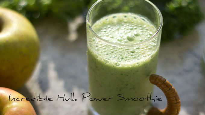 New Year's Detox green smoothie (Incredible Hulk Power Smoothie) with apples, bananas, kale, spinach & more good stuff from The Six O'Clock Scramble on @PBS Parents