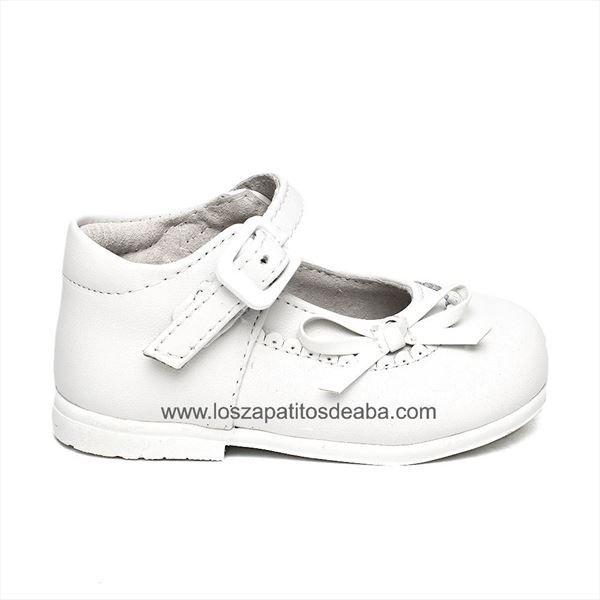 Merceditas bebé niña primeros pasos blanca modelo Lucia