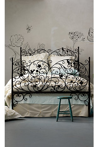 pretty bed for guest room