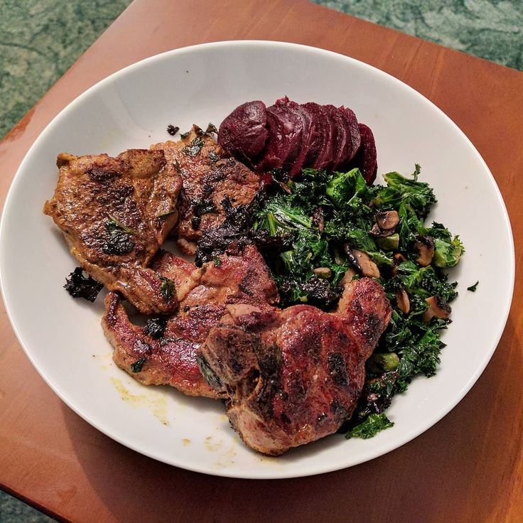 Tonight's post workout dinner  Lamb chops mushroom & kale  #lowcarb #keto #lchf #paleo #glutenfree #sugarfree #foodphotos #foodphotography #realfood #food #nutrition #fitfam #lc #healthy #healthychoices #foodblogger #cleaneating #eathealthy #livinglowcarb #lowcarbhighfat #lowcarbdiet #healthyfood #primal #ketolife #paleoeats #paleolifestyle #fitness #eatclean #cooking
