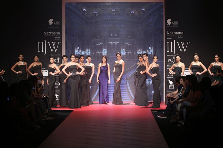 IIJW 2014 Day 3: EMERALD JEWEL INDUSTRY INDIA LTD LAUNCHED THE BEAUTFIUL ETHEREAL ATHENA COLLECTION....... For more visit: http://www.bollyvision.in/