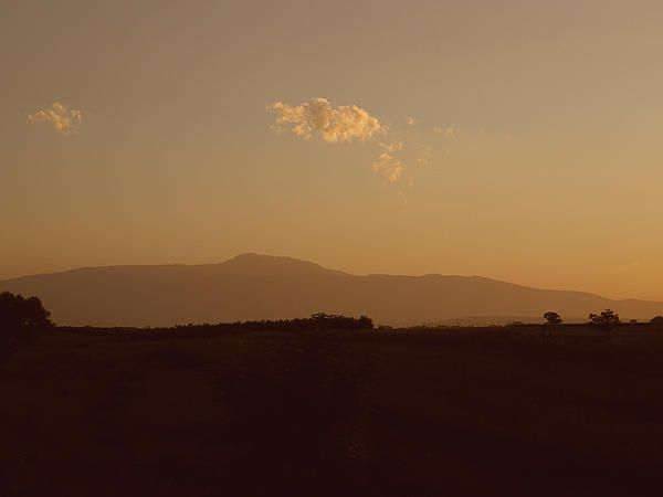 A golden sunset in Abruzzo, Italy My #photo on Pinterest