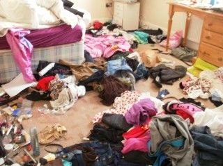 how to clean your messy room in 5 min