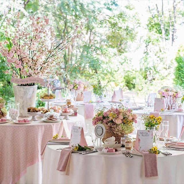 【lapiscorail_brass_guesthouse】さんのInstagramをピンしています。 《. 完全貸切な会場で プライベートなアットホームウェディングを . 駅から徒歩1分の好立地 邸宅でかなえる ナチュラルウェディングを . #wedding #mariage #bridal #natural #garden #weddingphotography  #cherryblossoms#lapis #flower #清水 #駅近 #開放感 #ウェディング #ブライダル #ガーデン #ナチュラル #ブライダルフォト #英国 #チャペル #プレ花嫁 #卒花嫁 #結婚式準備 #オシャレ #桜 #コーディネート #ブライダルフェア #ラピス #ブラス》