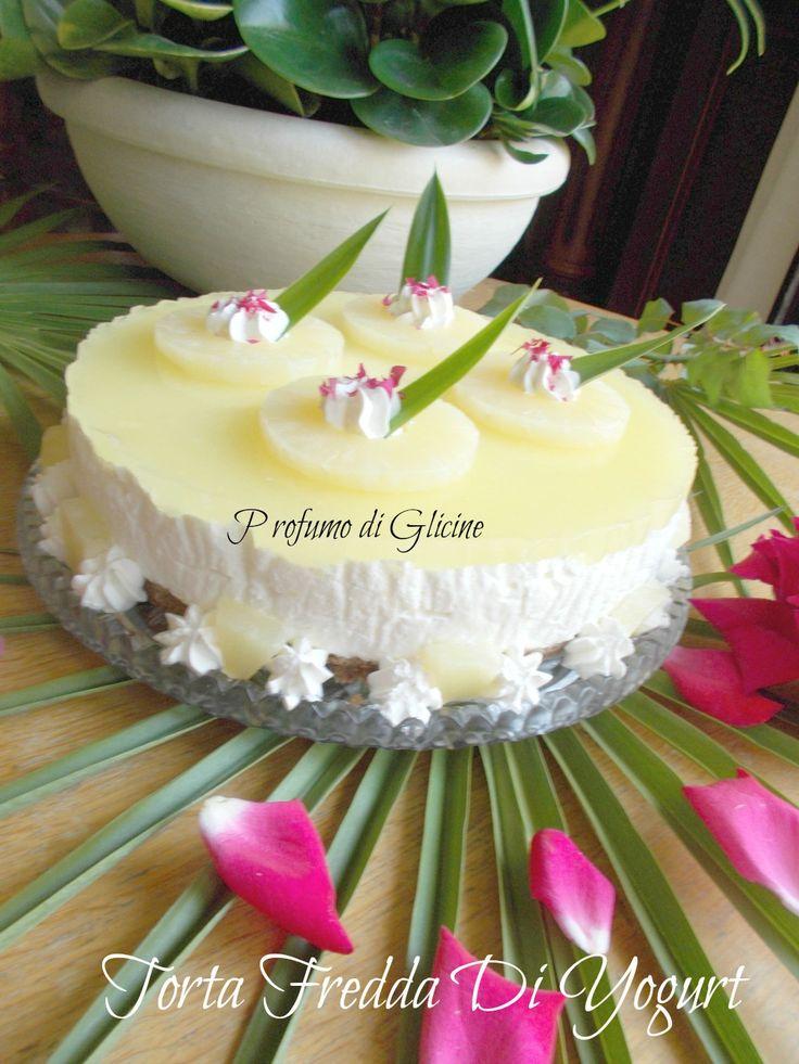 Torta fredda di yogurt e ananas dolci senza forno