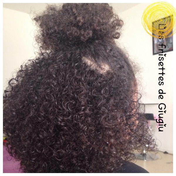 Comment prendre soin des cheveux de ma fille métisse ?