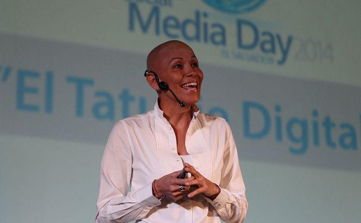 Conferencia Social Media Day 2014 El Salvador :   Karla Ruiz Cofiño Co-fundadora de MILKnCOOKIES y nuestra Chief Digital Officer en su conferencia en el Social Media Day 2014 en El Salvador.  Pueden ver el video original en Hight Definition en el Media Center de LA PRENSA GRAFICA en este link: http://mediacenter.laprensagrafica.co...  Para más Información: Oficial Site: https://www.KarlaRuiz.com Youtube Channel: https://www.youtube.com/user/kruizfusion