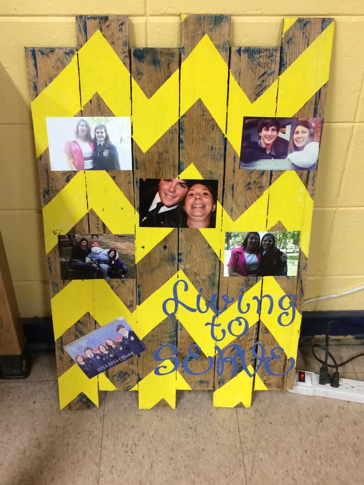 Best FFA Advisor gift ever! Pallet boards, paint  pictures!!