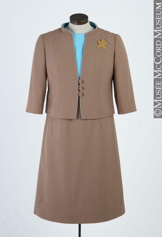 M967.85.3.1-2Uniform Expo 67 hostess uniform, Canadian Pavilion 1967, 20th century Synthetic