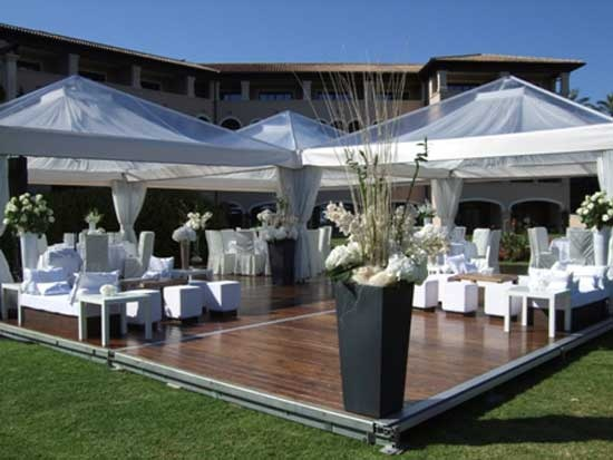 8 best white party ideas images on pinterest decor for Images of all white party decorations