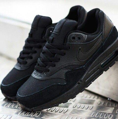 air max 1 negras