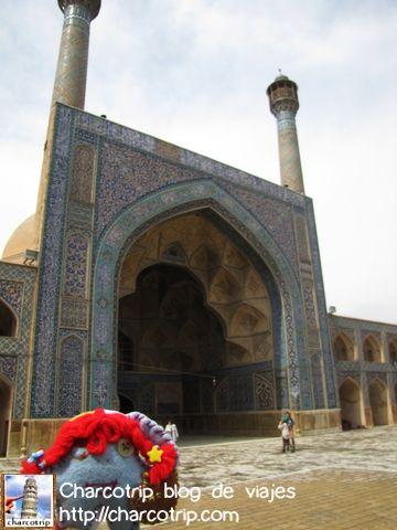 La larga caminata hasta la Mezquita Jameh en Isfahan | Charcotrip blog de viajes