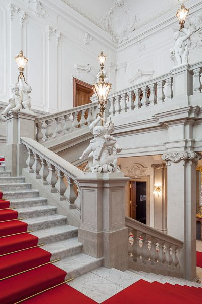die besten 25 barock architektur ideen auf pinterest chateaus zwinger dresden und barock. Black Bedroom Furniture Sets. Home Design Ideas