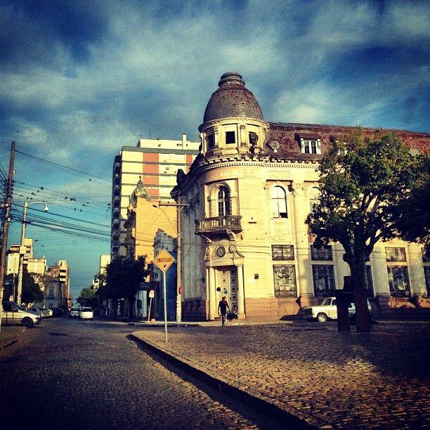 Lugares com história! Prédio antigo Banco do Brasil, que foi Câmara de Veradores, Finanaças e hoje abandonado