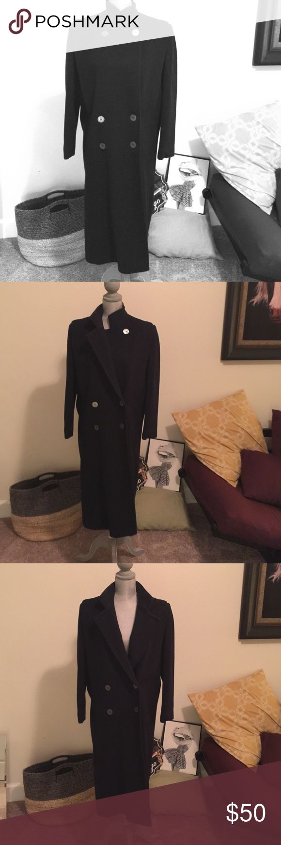 Vintage Ashley Scott petite Winter Trench Coat 100% Wool in perfect condition Ashley Scott so sophisticated trench coat. Ashley Scott Jackets & Coats Trench Coats