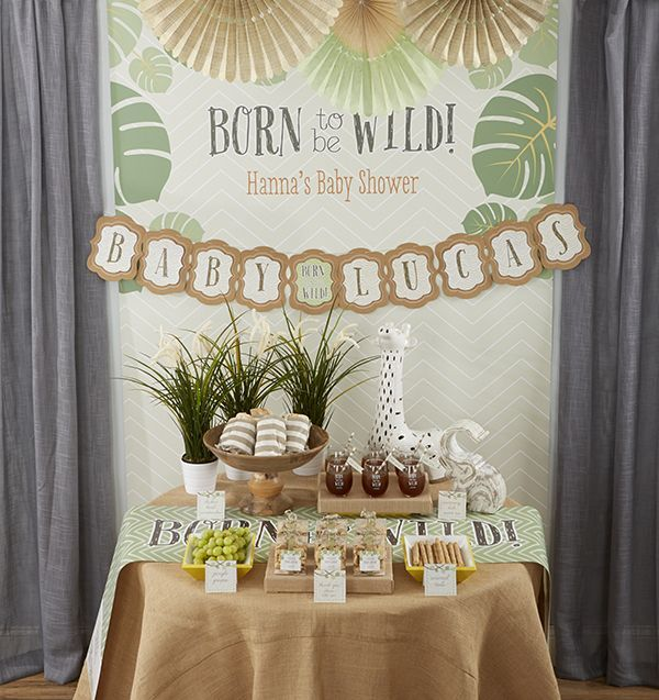 Itu0027s A Jungle Out There In The Land Of Baby Shower Decor, So Let Us Show  You The Way To Plan An Easy U201cBorn To Be Wildu201d Jungle Themed Baby Shower!
