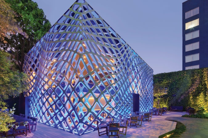 looks like LED construction netting: Awesome Design, Japan Restaurant, Esraw Studios, Tory Restaurant, Mexico Cities, Tory Tory, Design Architecture, Architecture Design, Rojkind Arquitecto