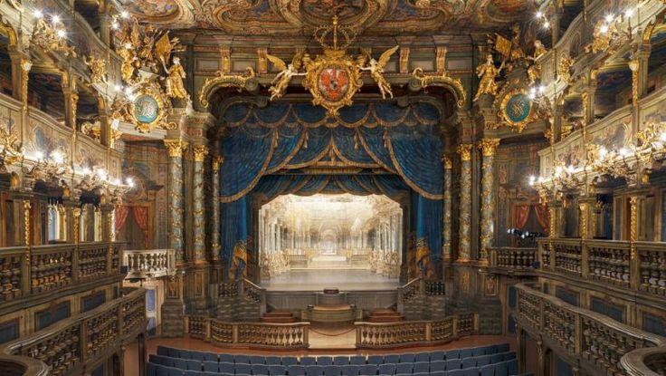 バイロイト辺境伯歌劇場|ドイツ 文化遺産
