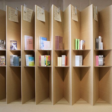 dzn_Foldaway-Bookshop-designed-by-Campaign-8