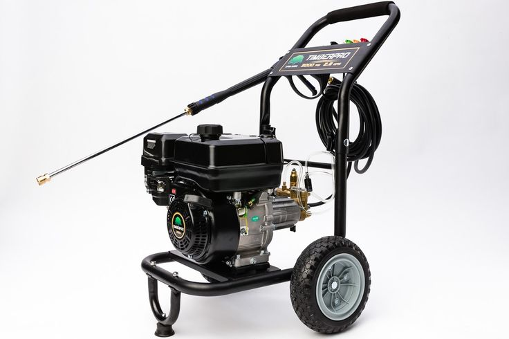 nettoyeur à haute pression timberPRO  Caractéristiques: garantie 1an      Moteur: 4-temps, refroidi par air.     Cylindrée: 208 cc.     Puissance (kW/cv): 4.0 kW / 5.4 cv.     Capacité du réservoir d'essence: 2.0 L.     Capacité en huile: 0.6 L.     Débit d'eau: 3000 Psi / 2.8 GPM.     La pression d'eau: 207 bar.     Buses: 0° / 15° / 25° /40° / shampooing.     Marque de la pompe: AR POMPES.     Type de pompe: Axial Cam.     2 roues.