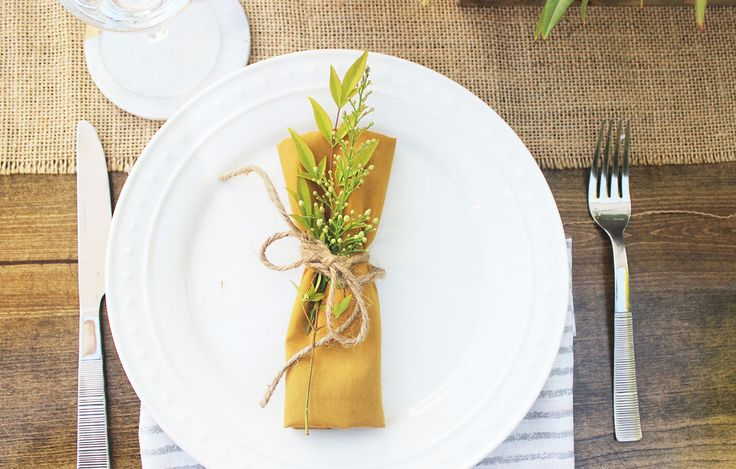 Farm Table Decor, Mustard Yellow Place Setting, Mustard Yellow Wedding