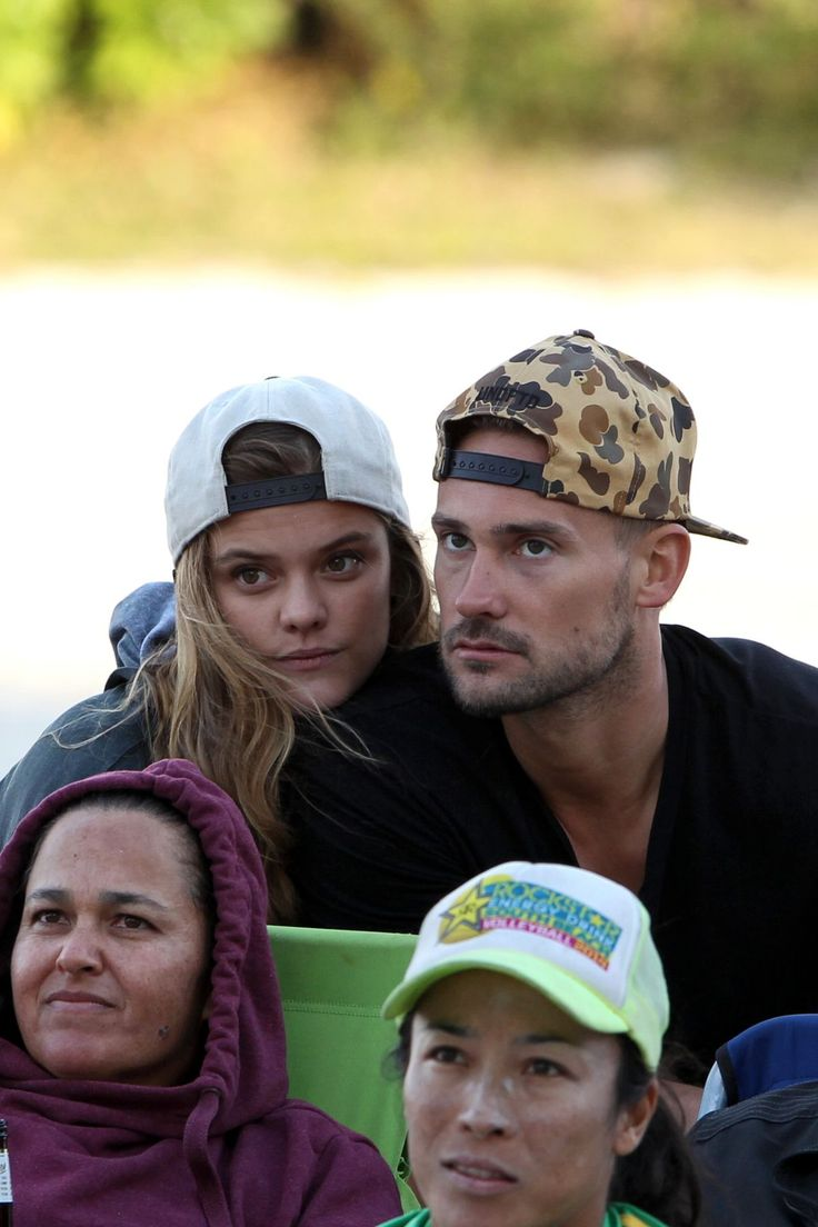 Nina Agdal enjoy with her boyfriend in Miami - http://celebs-life.com/?p=67483