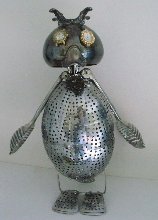 Junkbotworld.com -RECYCLED ART ROBOT EMPOROR PENQUIN ROBOT 135.00 FREE SHIPPING