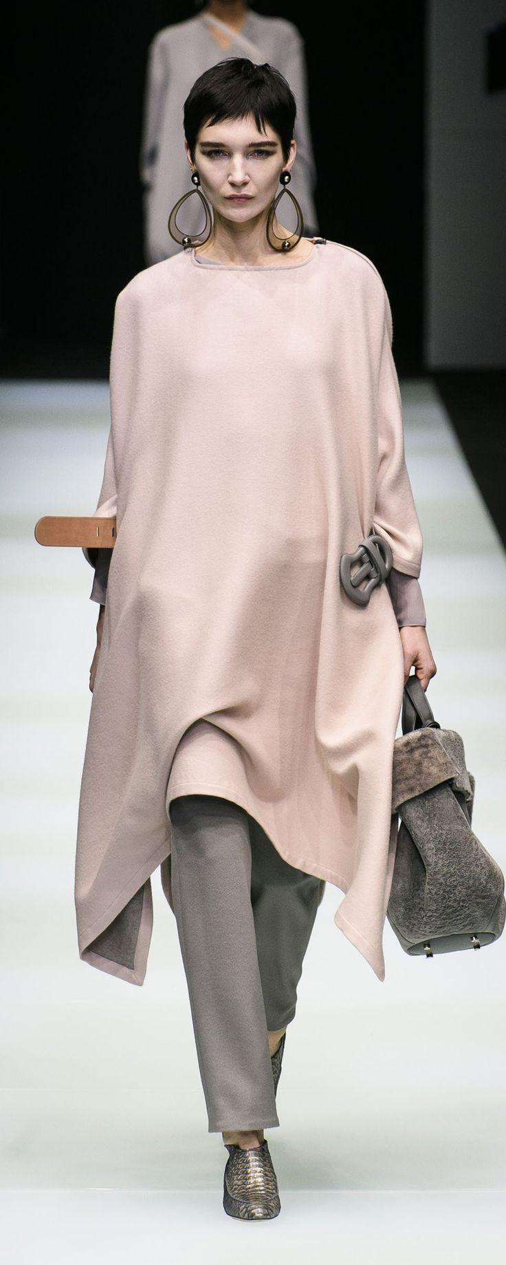 Style Femme 50 ans  Giorgio Armani Automne,Hiver 2018,2019 Prêt,à,porter