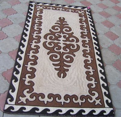Felt rug, brown and white, size: 2m x 1m http://www.shyrdak-felt-rugs.com/