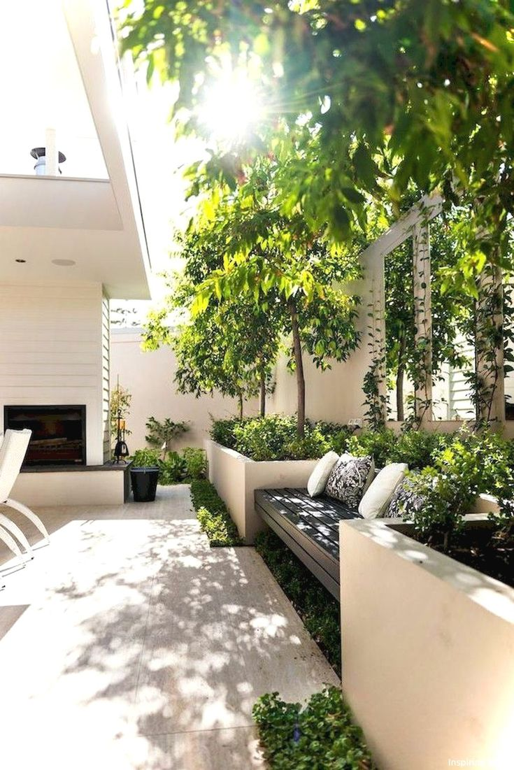 Awesome 70+ Gorgeous Outdoor Garden Furniture Ideas https://lovelyving.com/2018/03/08/70-gorgeous-outdoor-garden-furniture-ideas/