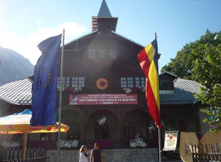 Activitatea Bibliotecii Orasenesti din Busteni se desfasoara conform actelor emise de Ministerul Culturii si Cultelor privind organizarea si functionarea bibliotecilor publice (Ordin nr.2069/1998 si Ordinul nr.2026/2000) si de Asociatia Nationala a Bibliotecarilor si Bibliotecilor Publice din Romania.