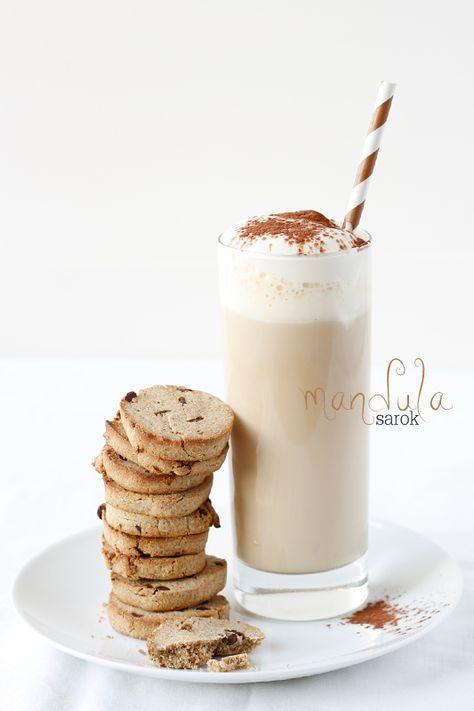 mandulasarok: Kávés-csokoládés keksz gesztenyelisztből