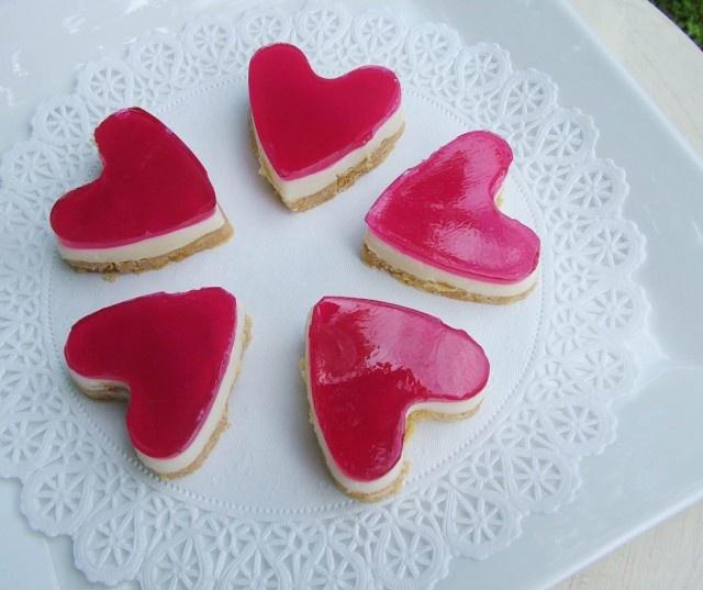 jelly heart slice ok lets break out the shape cutters