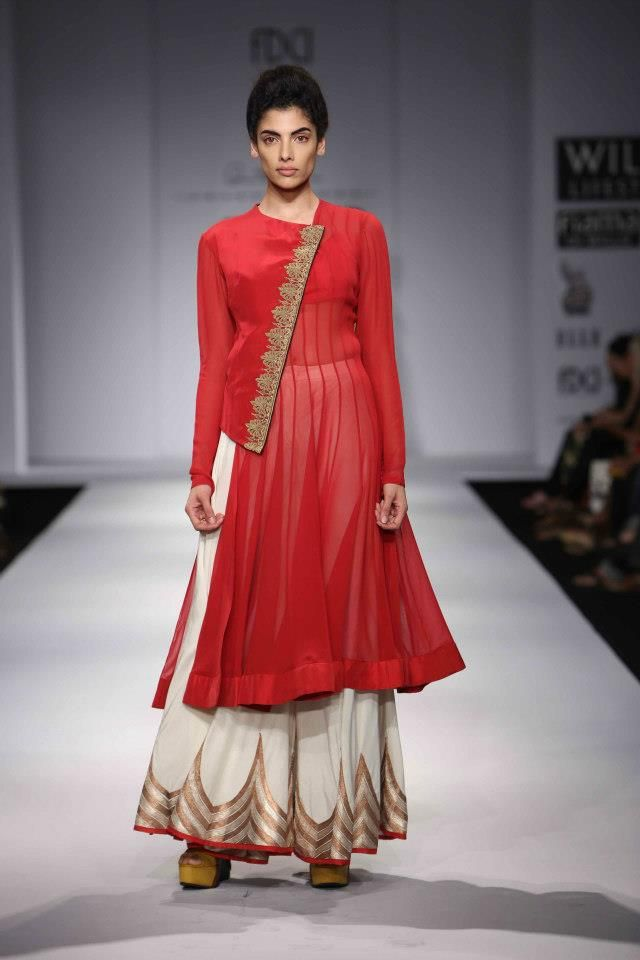 Scarlet Bindi - South Asian Fashion: Wills Lifestyle Fashion Week Spring/Summer 2013: Day 1