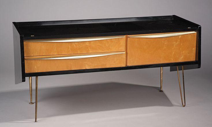 les 25 meilleures id es de la cat gorie commode basse sur pinterest stockage avant toit. Black Bedroom Furniture Sets. Home Design Ideas