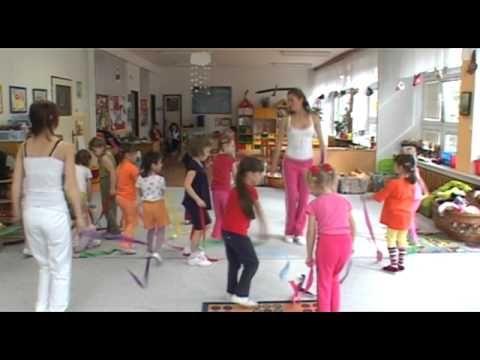 Cvičení s Hankou Kynychovou pro děti - 1. část - YouTube