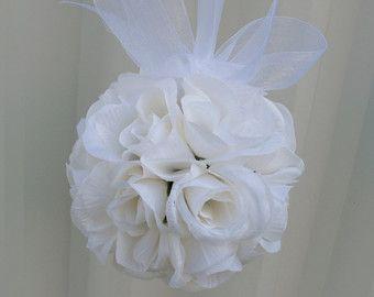 Matrimonio decorazione fiore ragazza di BrideinBloomWeddings